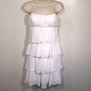 DAVE AND JOHNNY WHITE TIERED DRESS